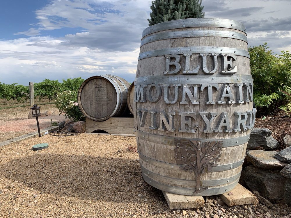 Blue Mountain Vineyards: 4480 Hoot Owl Dr, Berthoud, CO