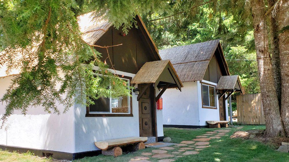Paradise Village Hotel: 31811 WA-706, Ashford, WA