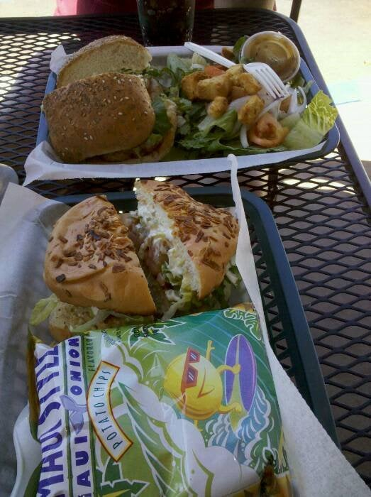 Grilled mahi sandwich and marlin burger yelp for Fish market maui