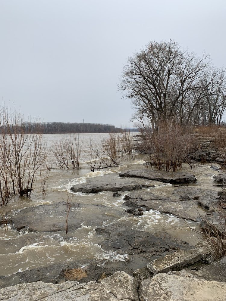 Falls of the Ohio State Park: 201 W Riverside Dr, Clarksville, IN