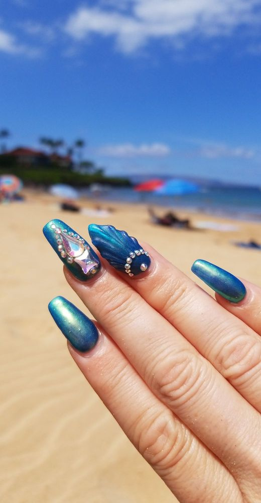 Vacation nails on the beach in Maui 2 weeks grown out and ...