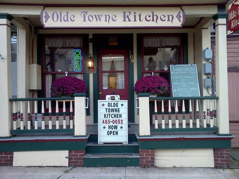 Olde Towne Kitchen: 209 Lincoln Way E, Mcconnellsburg, PA