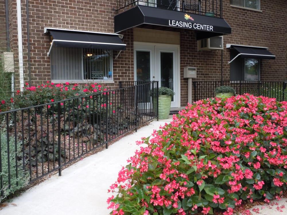 Arbor Glen Apartment Homes: 221 Barker Rd, Michigan City, IN