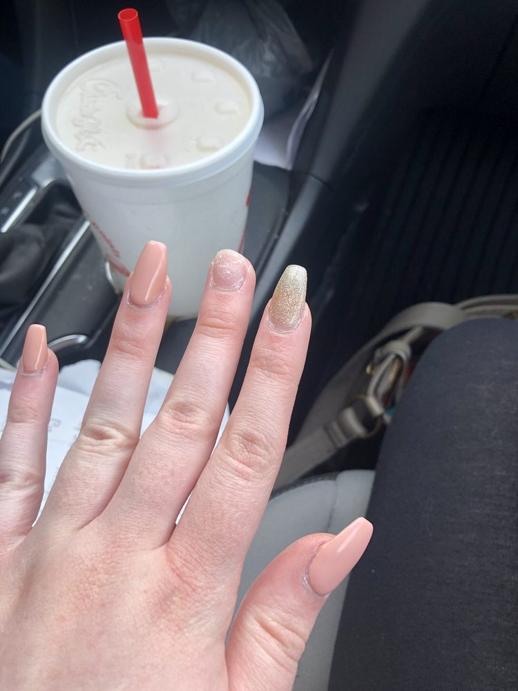 Nail Expo: 1741 N Green River Rd, Evansville, IN