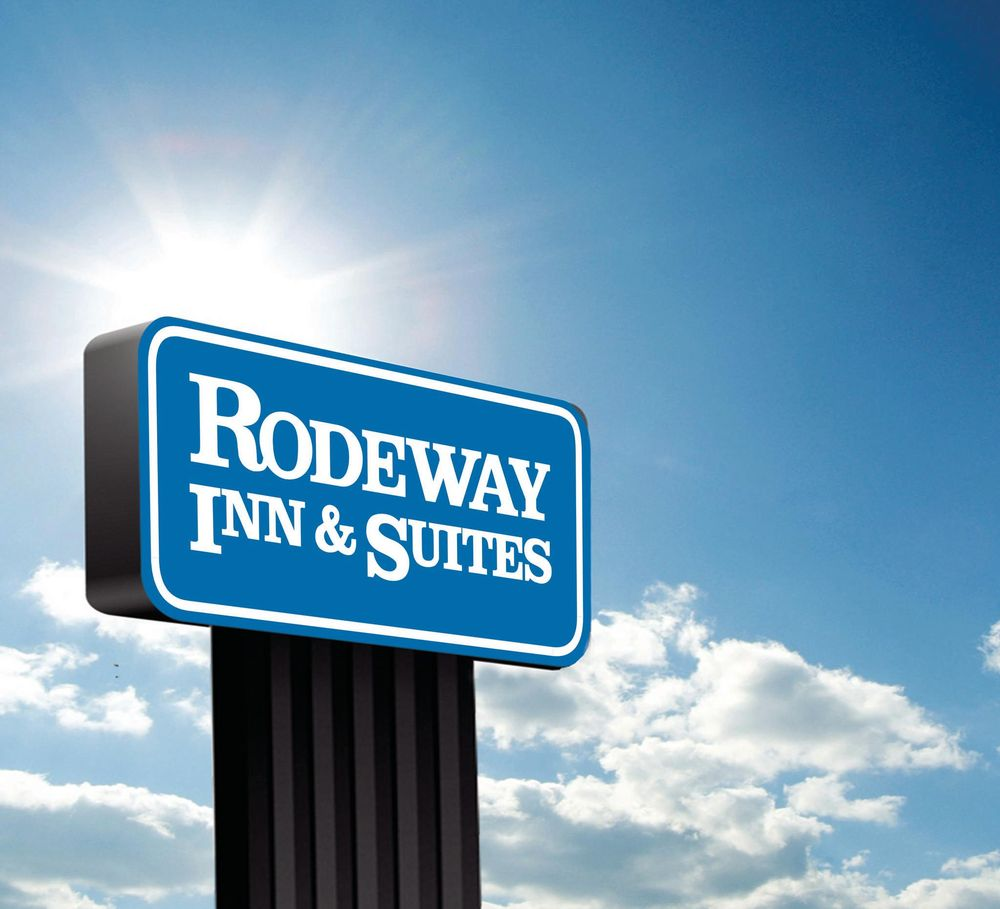 Rodeway Inn & Suites: 650 West Front St, Battle Mountain, NV