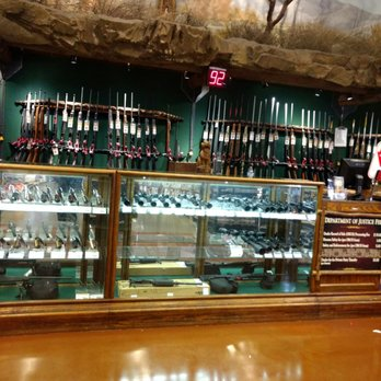 Bass pro shops victoria gardens / Breakfast in bismarck nd