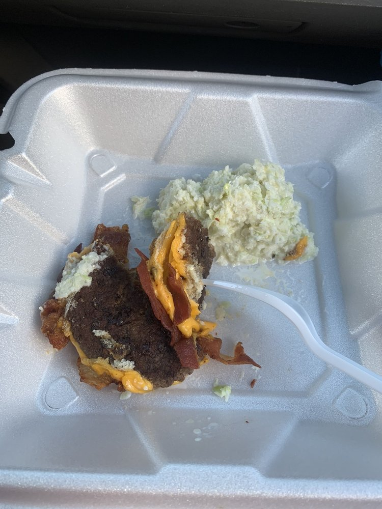 Phil's Food Mart and Restaurant: 4277 Wilkesboro Hwy, Statesville, NC