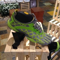 vibram fivefingers retail locations 80906