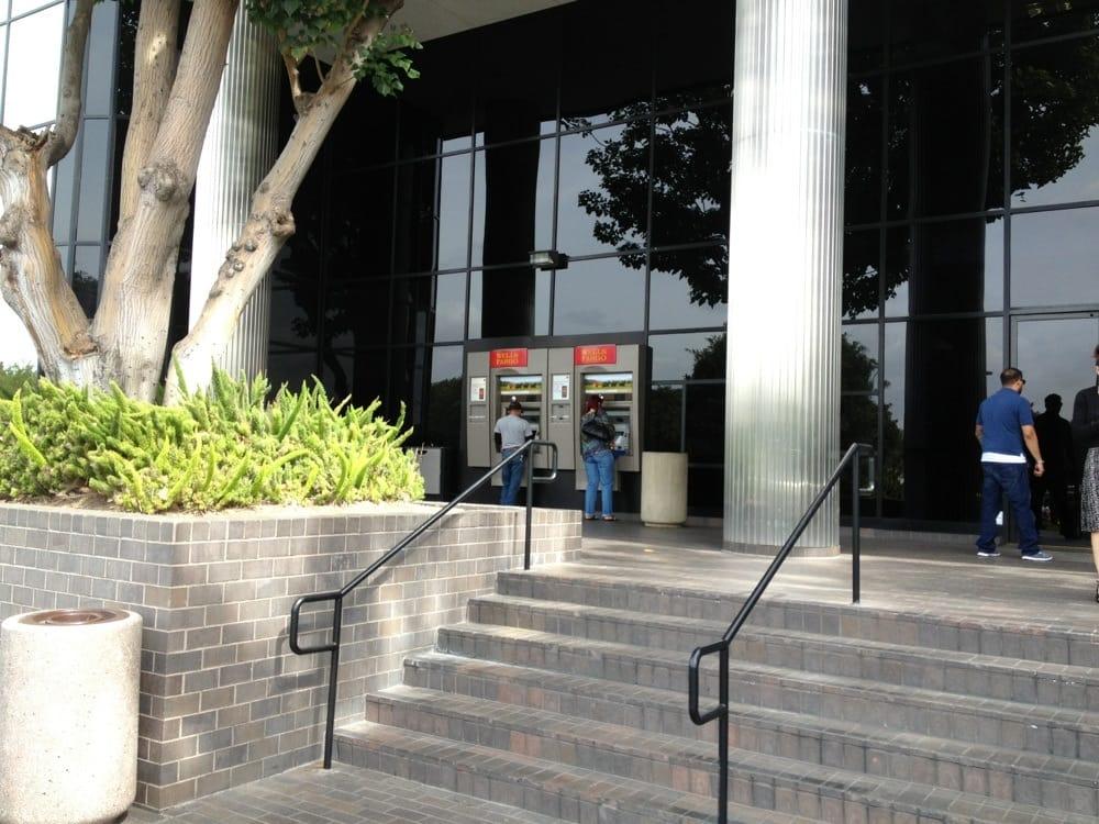 Wells Fargo Bank: 5701 S Eastern Ave, City Of Commerce, CA