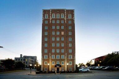 Ambassador Hotel Tulsa, Autograph Collection: 1324 S Main St, Tulsa, OK