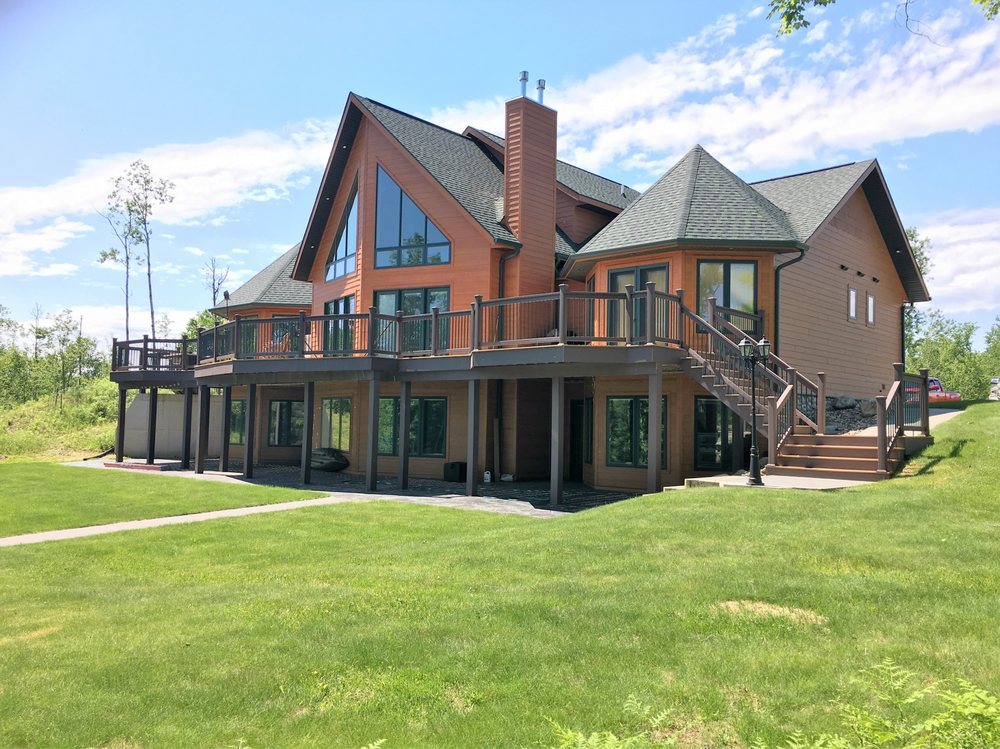 Cottages to Castles: 102 E Genesee St, Iron River, MI