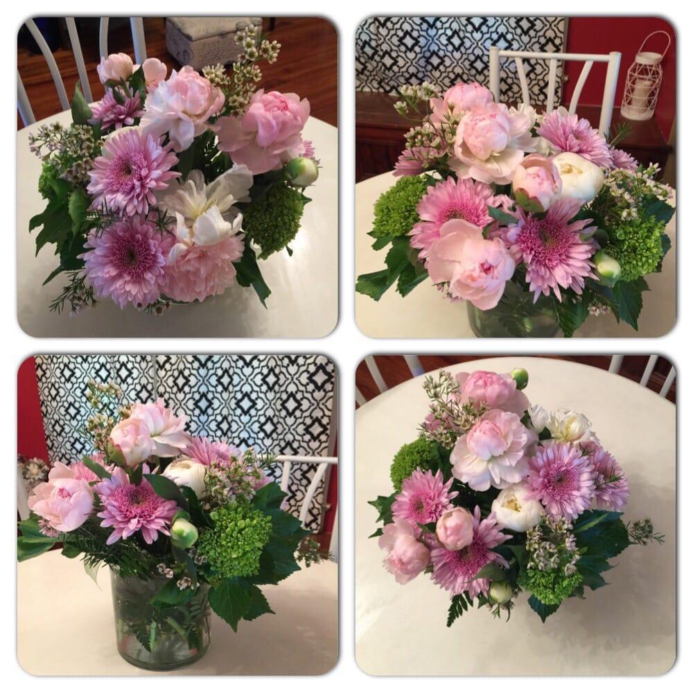 Judy's Flower Basket: 1108A Daugereaux Rd, Breaux Bridge, LA