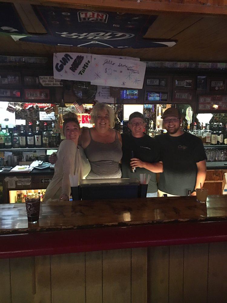 Longbranch Saloon/20 Below: 125 W Main St, Ennis, MT