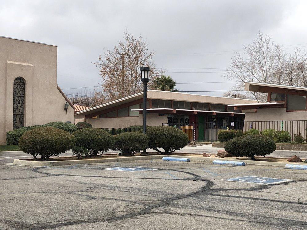 Palmdale United Methodist Preschool & Kindergarten: 39055 10th St W, Palmdale, CA