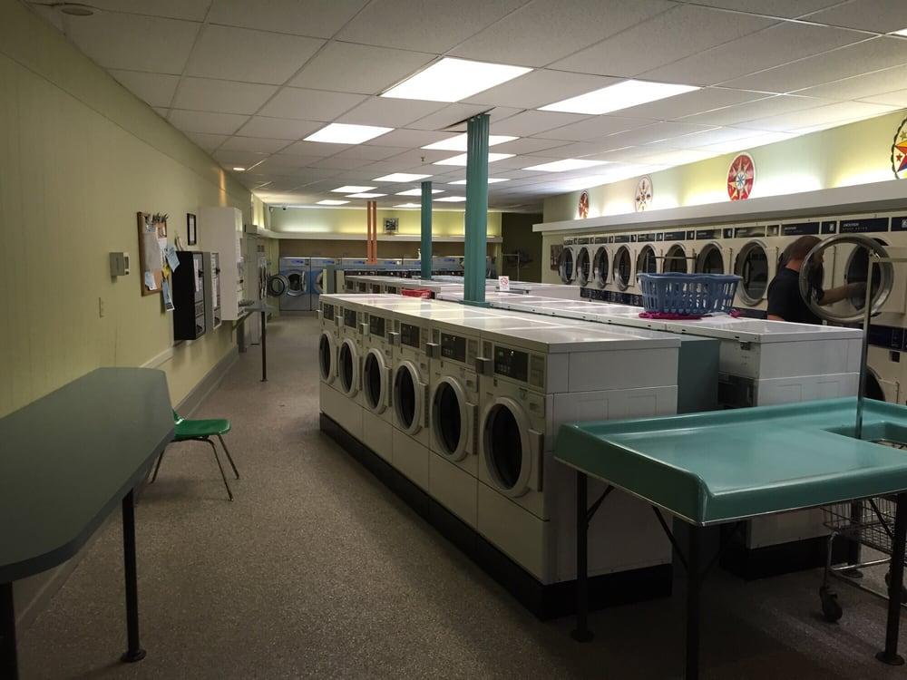 Kelchner Cleaners: 234 N Whiteoak St, Kutztown, PA