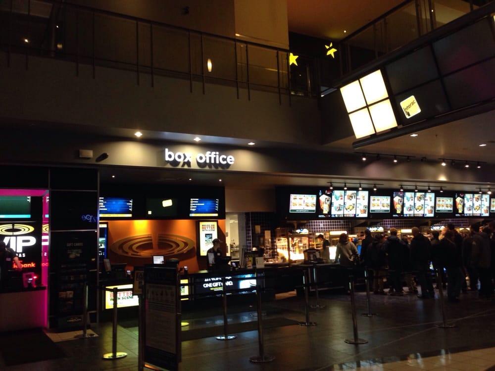 Restaurants Near Cineplex Odeon