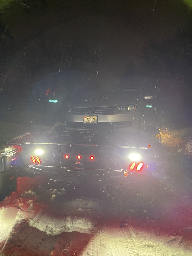 Towing business in Atlantic Highlands, NJ