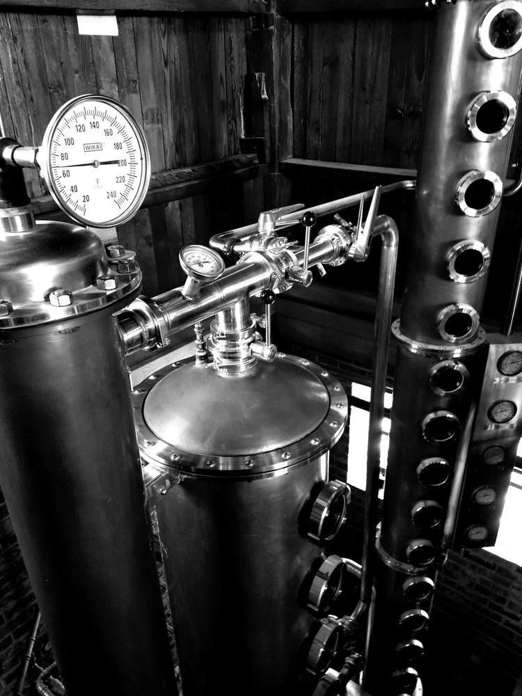 Red Eagle Distillery: 6202 S River Rd W, Geneva, OH