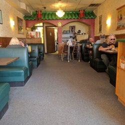 Photo Of June Heng Restaurant Streamwood Il United States Inside Seating