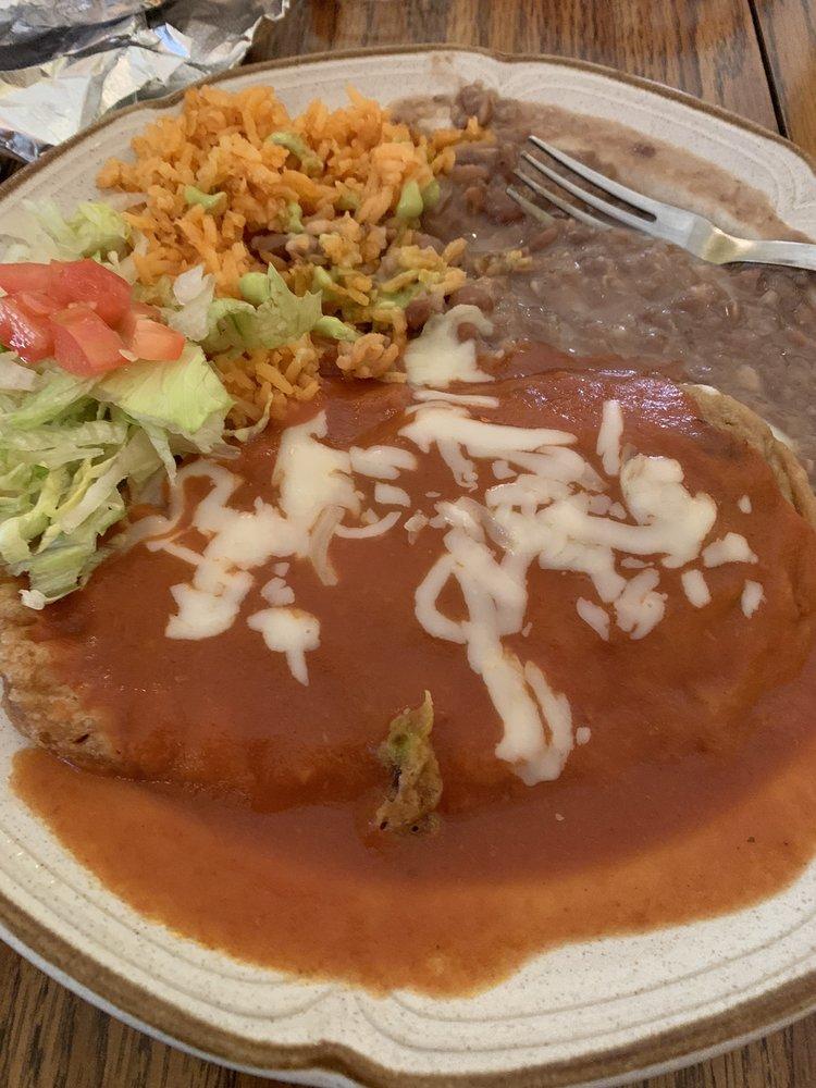 Rosey's Mexican Restaurant: 311 Main St, Pender, NE