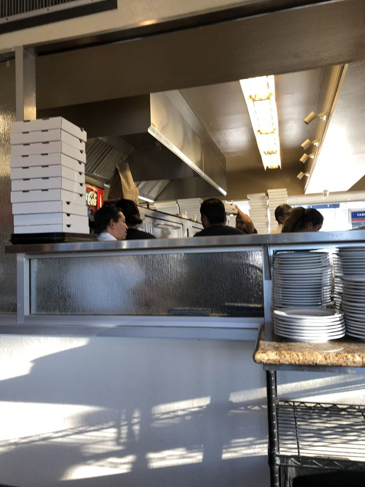 Image of Toto's Pizzeria1