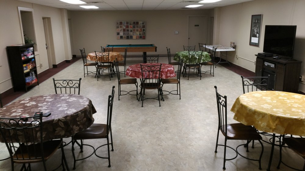 Midtown Apartments: 1411 Rogers Ave, Fort Smith, AR
