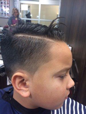 Almas Haircuts 2696 Mcfarland Rd Ste 9 Rockford Il Hair Salons
