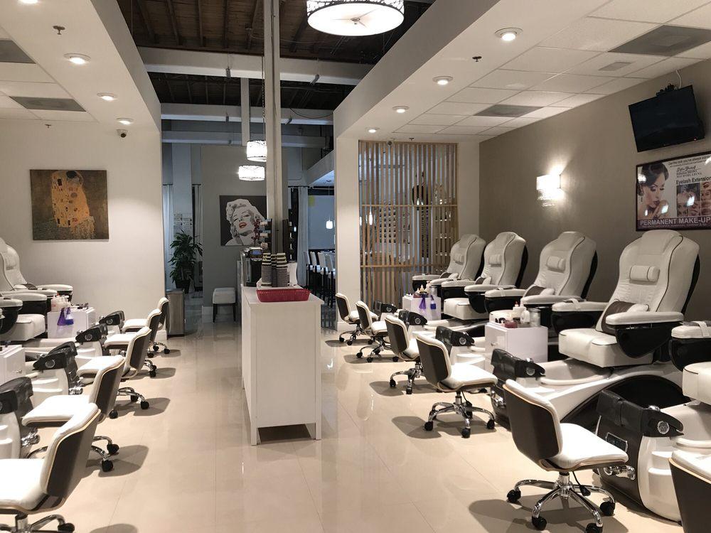 Beautique Nail Salon & Spa: 784 N Orange Ave, Winter Park, FL