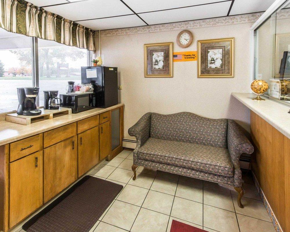 Rodeway Inn: 6259 Clearfield Woodland Hwy, Clearfield, PA