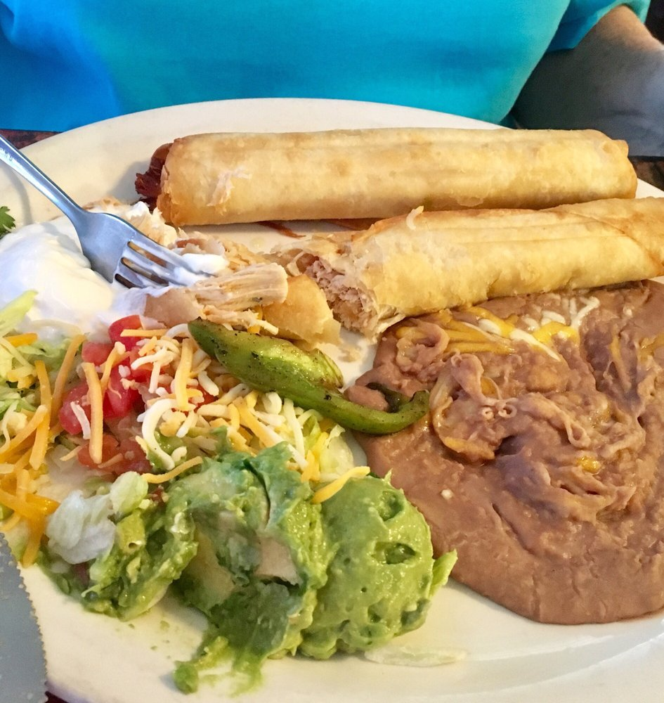 Toledo's Mexican Grill: 32 W Armstrong Dr, Mustang, OK