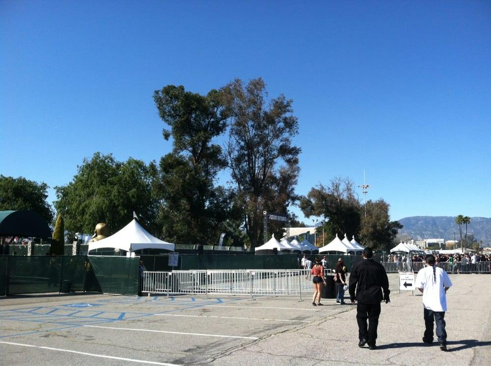 Cypress Hill Smokeout: 672-756 S Arrowhead Ave, San Bernardino, CA