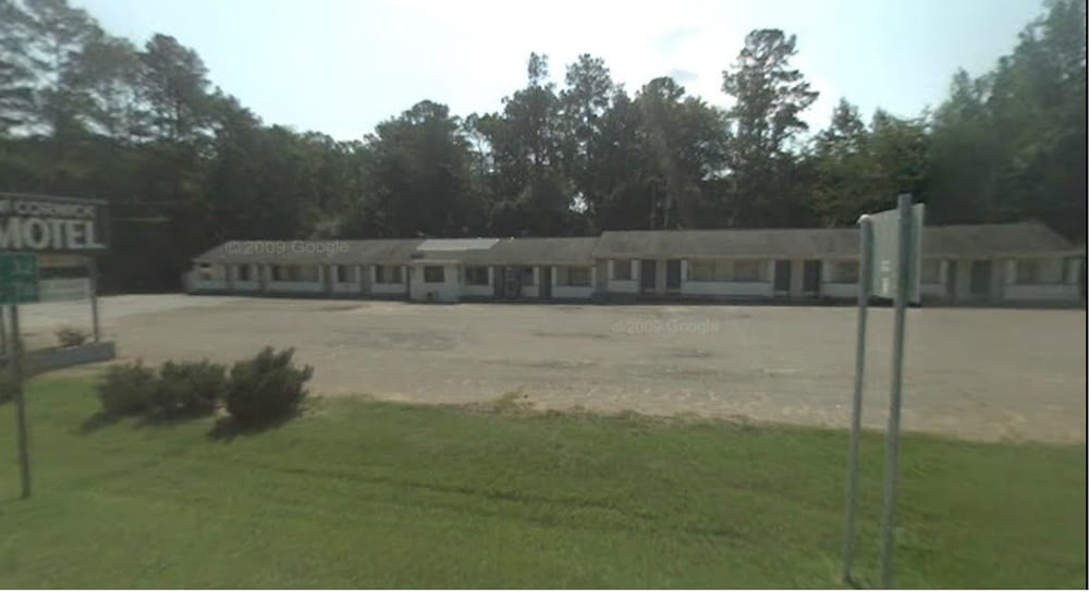 McCormick Motel: 813 E Gold St, Mc Cormick, SC
