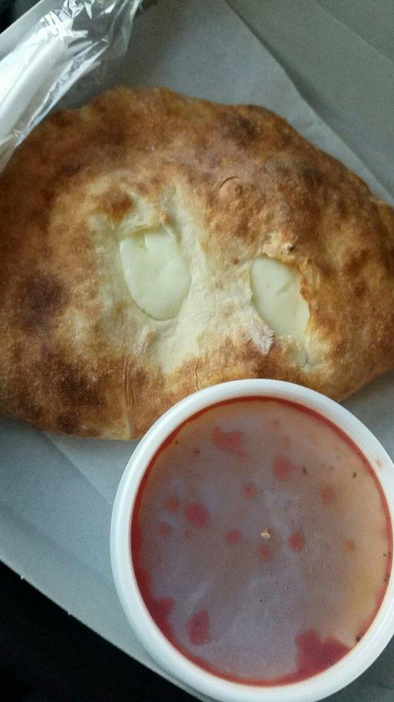 Francescos Pizza: 663 Wyndamere Rd, Lewisberry, PA
