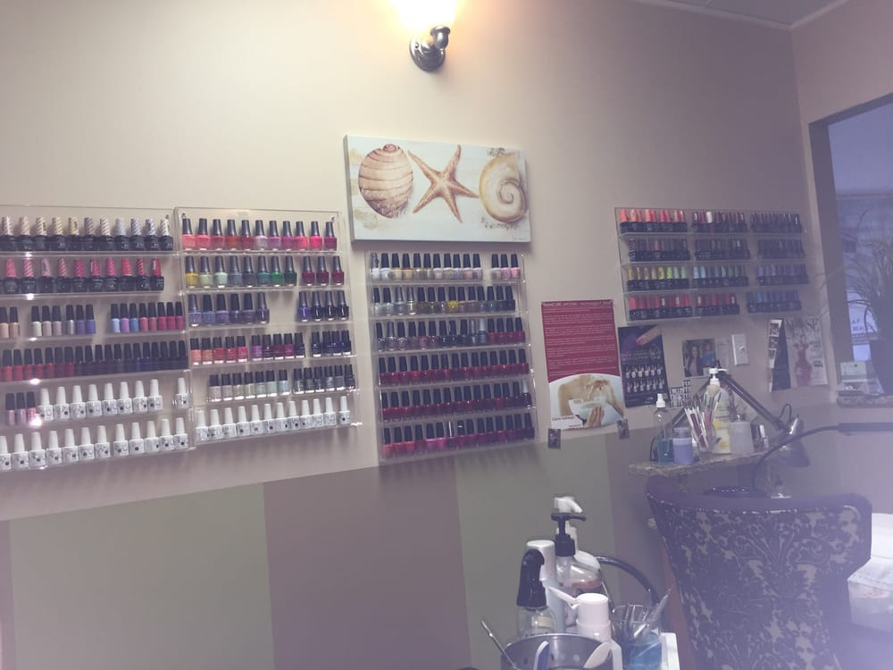 Extravagance Hair Salon: 373 E Irving Park Rd, Wood Dale, IL