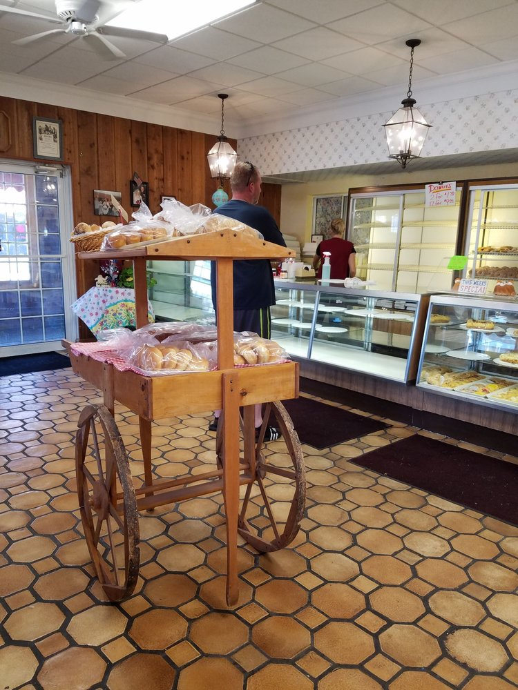 Harrison Home Bakery: 224 Harrison Ave, Harrison, OH
