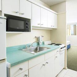 Ambassador Hotel - 236 Photos & 198 Reviews - Hotels - 2040 Kuhio ...