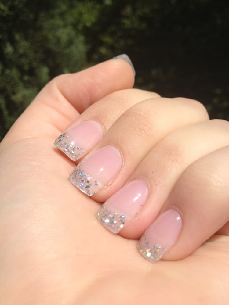 40$ glitter tip acrylics. Ask for silver glitter powder. Light pink ...