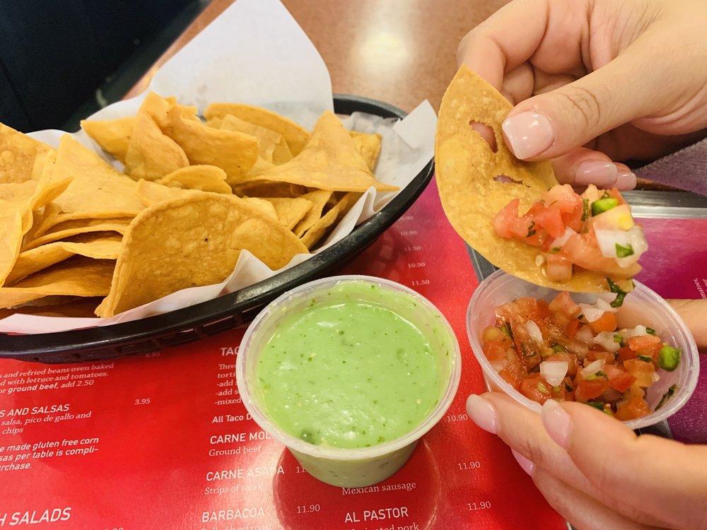 Su Casa Mexican Restaurant: 206 Ctr St, South Haven, MI