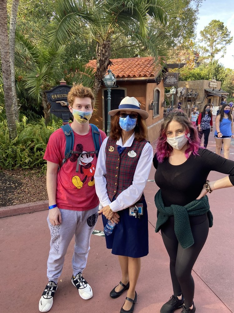 Walt Disney World VIP Tour Services: 1375 Buena Vista Dr, Lake Buena Vista, FL