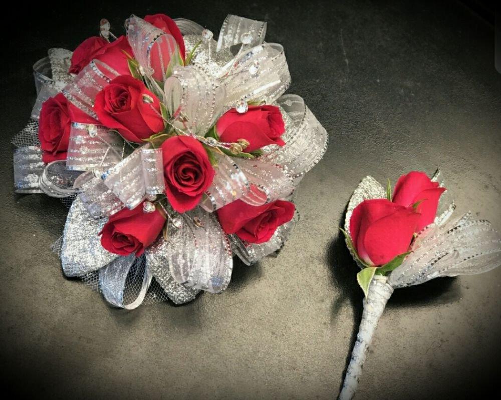 Absolutely Flowers: 206 Keys Ferry St, McDonough, GA