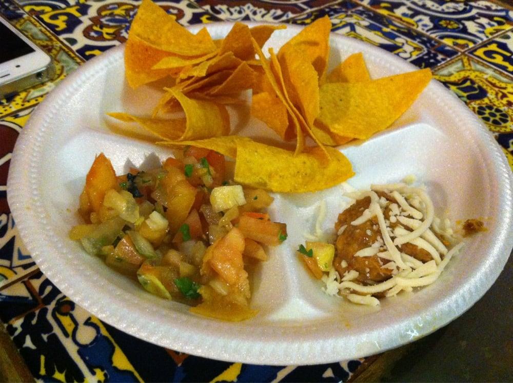 El Trompo Taquería Mexicana: Carr. 800 Street, San Juan, PR