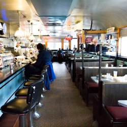 Deluxe Town Diner 225 Photos 660 Reviews Diners 627 Mt