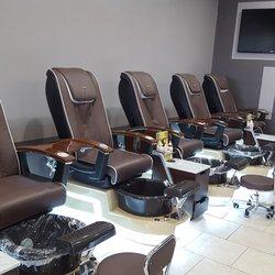 Bb nails and spa 14 photos nail salons 2065 south for Bb spa
