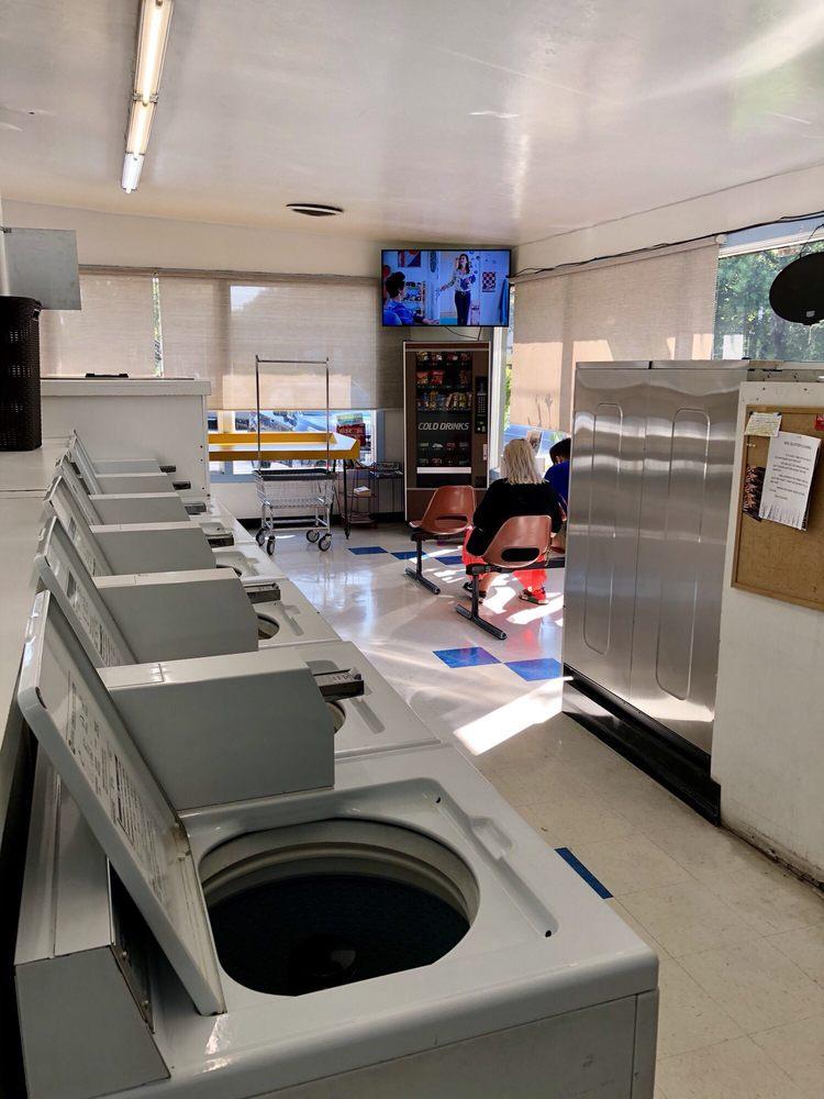 William's Freeport Laundry