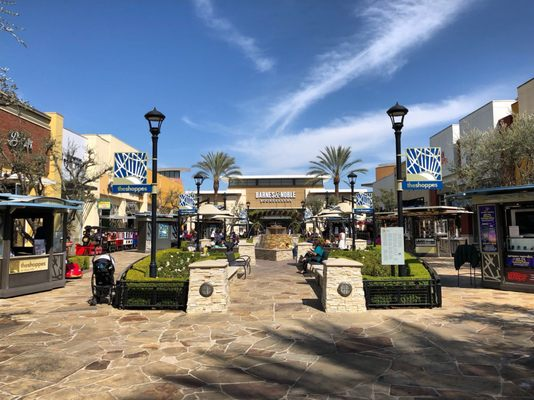 d23e6f881b7363 The Shoppes At Chino Hills 13920 City Center Dr Chino Hills, CA ...