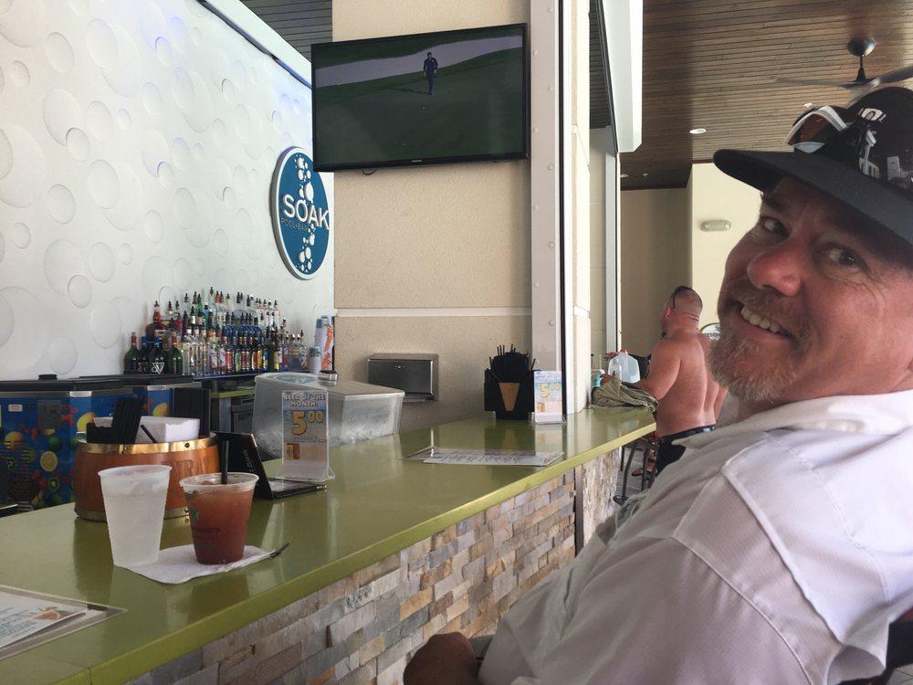 Soak Pool Bar: 619 S Gulfview Blvd, Clearwater, FL