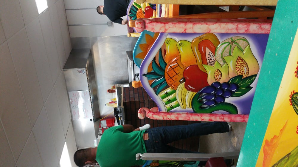 Tienda Mexicana: 207 11th St SE, Spencer, IA