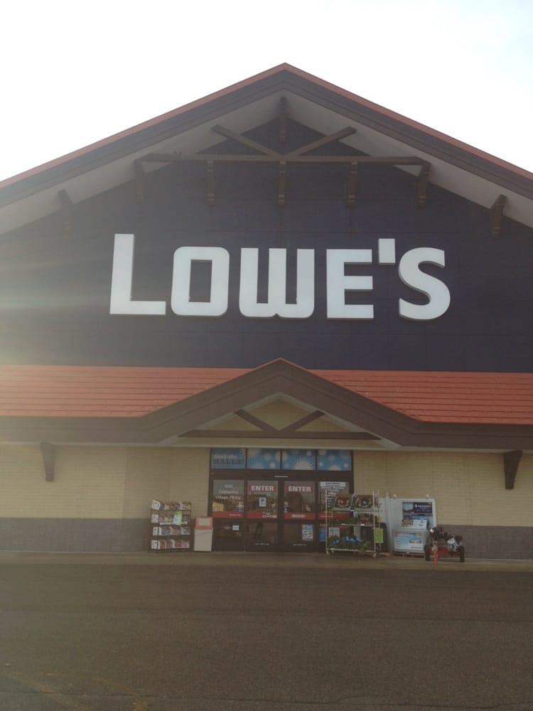 Lowe's Home Improvement: 600 Edelweiss Village Pkwy, Gaylord, MI