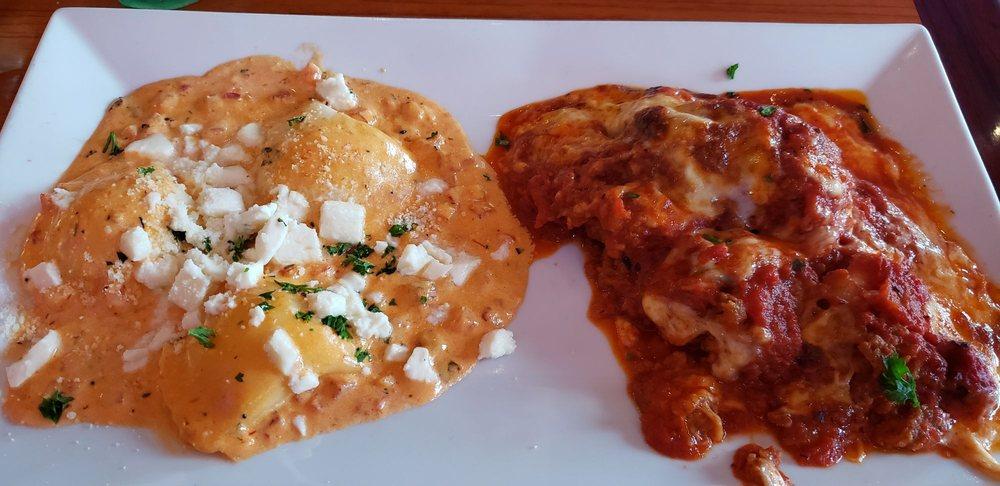 Mama's Cafe Baci: 260 Mountain Ave, Hackettstown, NJ
