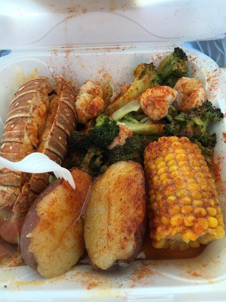 Sylvan Seafood: 1996 Sylvan Rd SW, Atlanta, GA